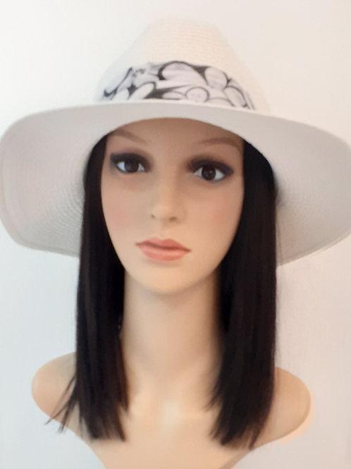 Sombrero de Verano Blanco