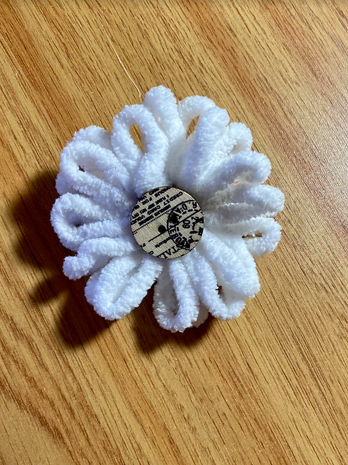 Flower Scarf or Hat Clip F