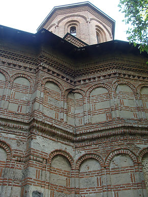 """Biserica cu hramul """"Sf. Arhangheli Mihail și Gavril"""""""