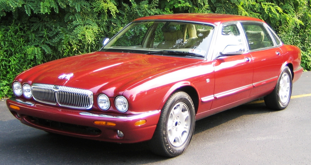 Bride & Groom Jaguar