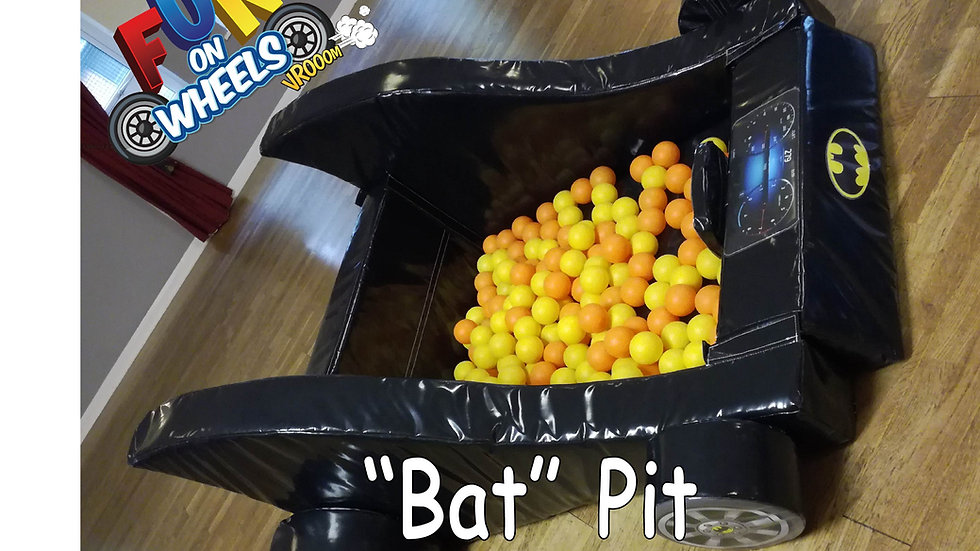 """Bat pit"" superhero-themed ball pool pit (with balls)"