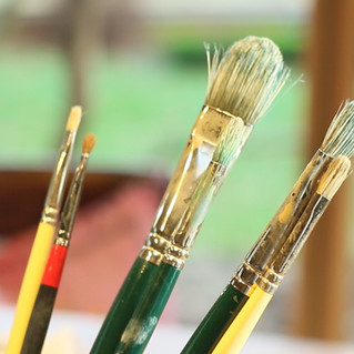 Paintbrushes for oil paint