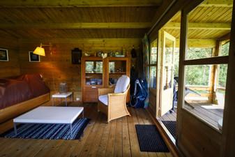 Camping Husternoard blokhutten voor fietsers, motorrijders en kanovaarders
