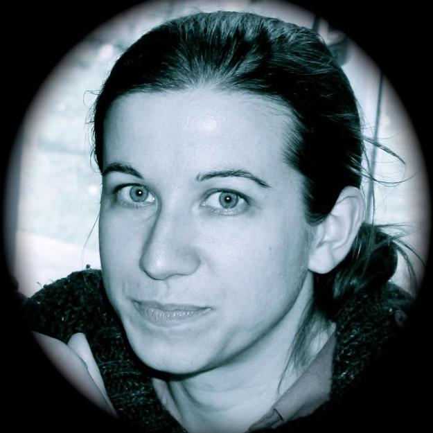 Mathilde AUGER, cheffe de chœur et professeure d'éducation musicale