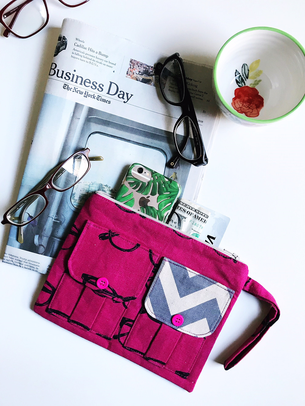 iPhone Wallets for Women - Eyeglasses Print