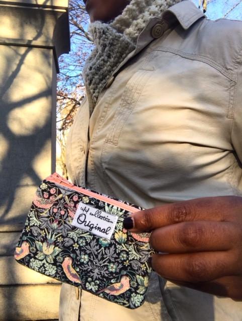 Zipper Change Purse - Strawberry Thief Print