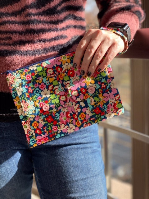 floral wristlet - give away gift