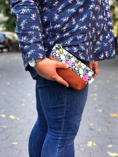 Floral Makeup Bag - Black Floral Print