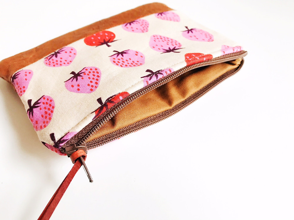 Strawberry Coin Purse - with Zipper