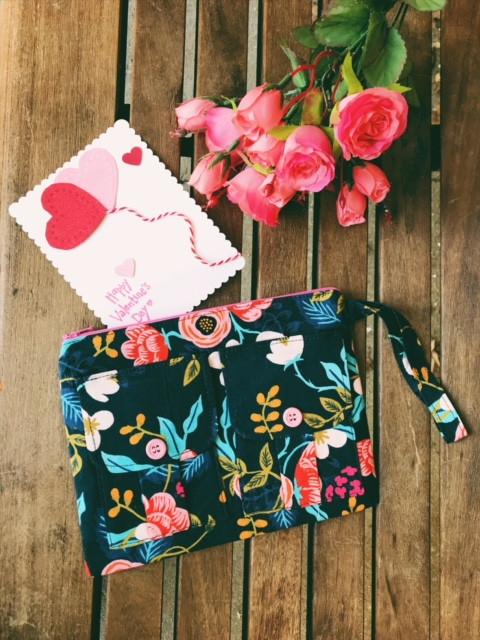 valentines day ideas for her - wristlet wallets - blue floral wristlet bag