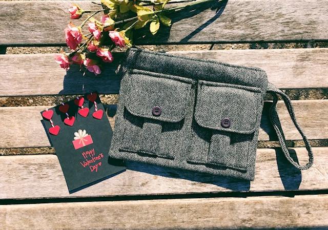 Wristlet Wallets - Valentines Gifts for Her - Black Wristlet Wool Tweed
