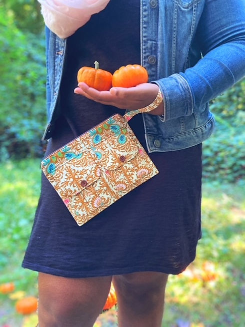 large-wallet-wristlet-brown-floral.JPG