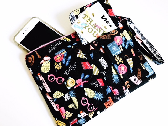iPhone Wristlet - Black