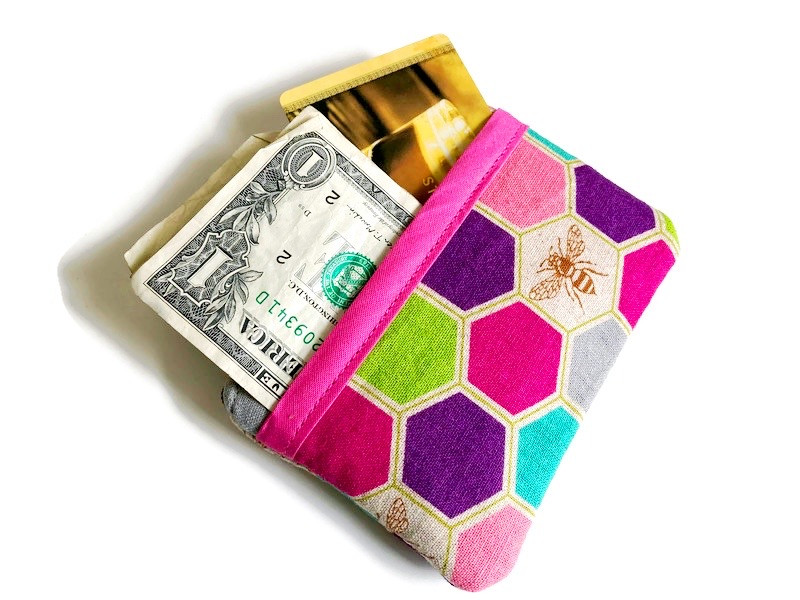 everyday-carry-bee-coin-purse