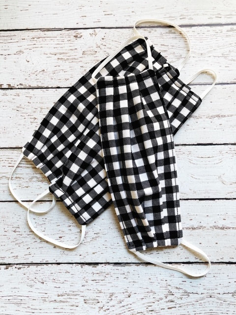reusable-face-masks-black-plaid