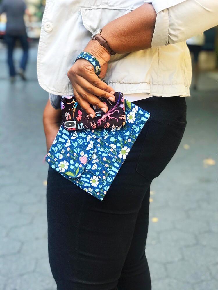 iPhone wristlet purse - blue floral print
