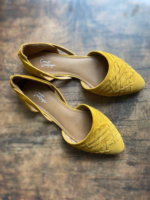 winter-fashion-trends-ballet-flats-yellow