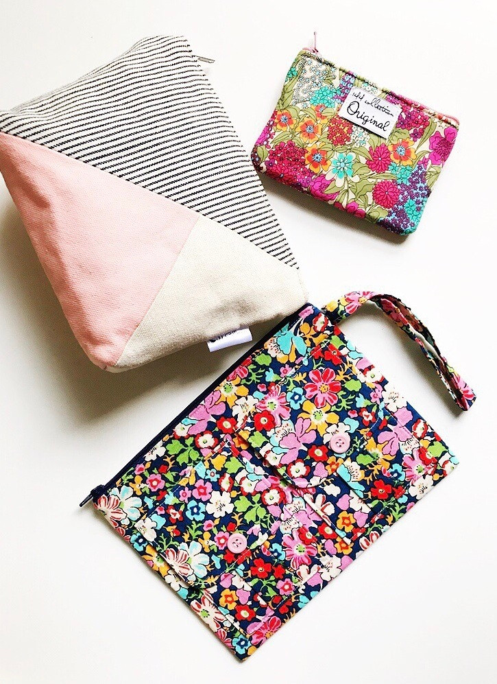 holiday gifts for her  - makeup bag - wristlet -coin purse
