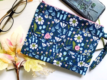 Fall Accessories: Floral Blue Wristlet