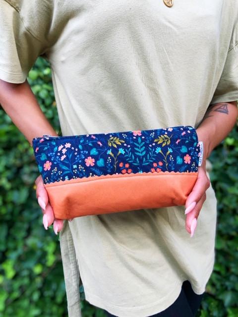 Amazon Prime - Leather Makeup Bag Botanical Floral Print