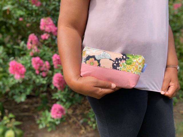 Amazon Prime - Pink Leather Makeup Bag