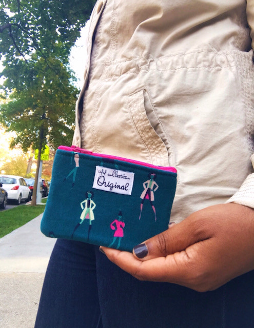 Zipper Change Purse - Woman Silhouettes in Teal