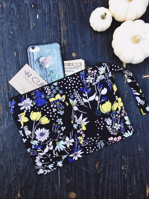 iphone wristlet wallet - black floral print