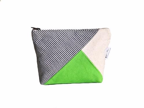 Green Canvas Zipper Pouch