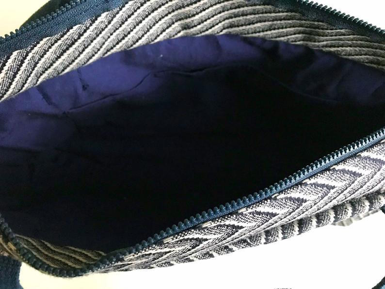 wool-tote-bag-navy-blue