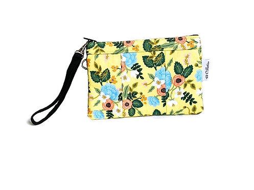 yellow-floral-print-wristlet-purse