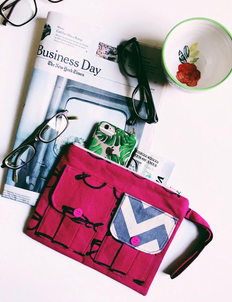 wristlet purse - eyeglasses-print-fabric