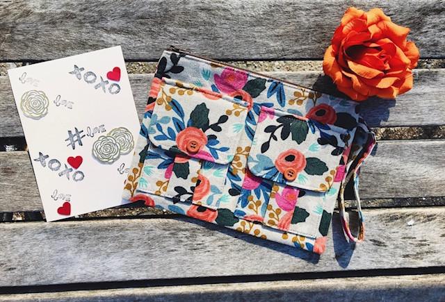 valentine's day gifts - wristlet bags - wristlet wallets - floral print wristlet