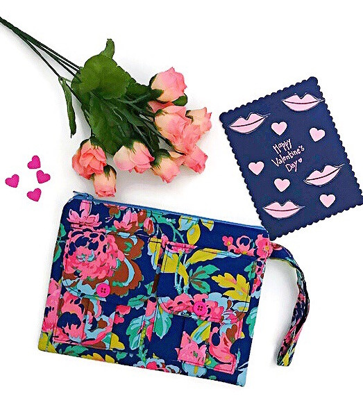good valentines day gifts - wristlet wallets - blue wristlet - floral print