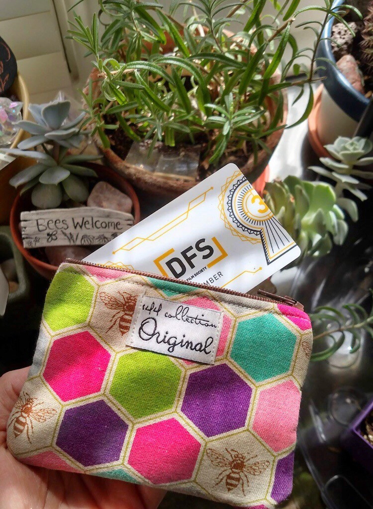 gifts for gardeners -bee coin purse