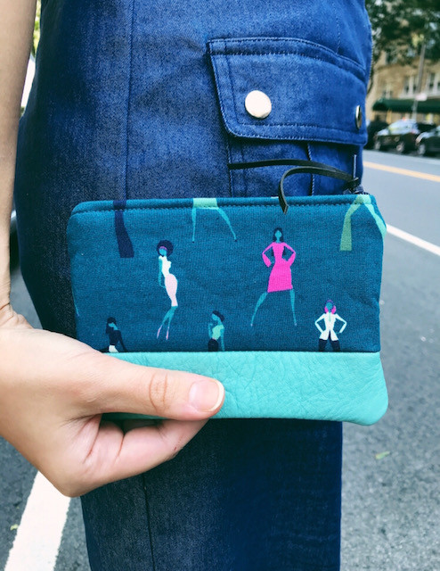 Womens Coin Purse - Teal with female body silhouettes