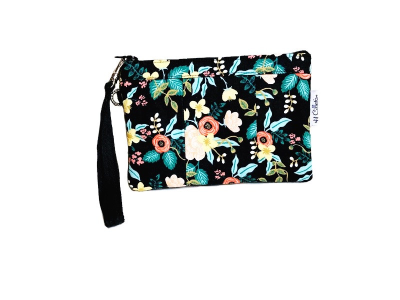 small wristlet purse - black