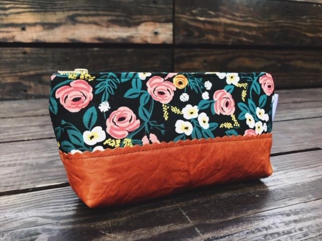 Floral Makeup Bag - Black and Pink Roses Print
