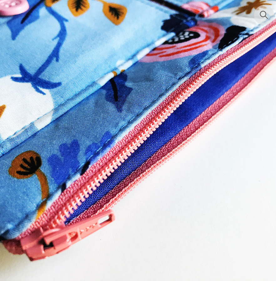 iPhone Wristlet - in blue, closeup