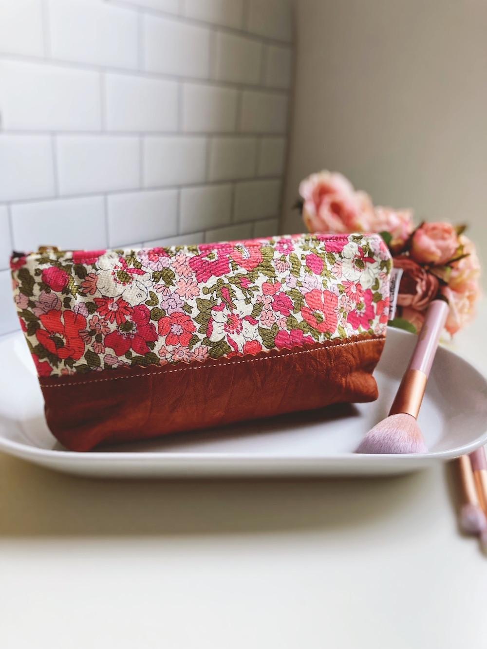 leather_makeup_bag_pink_floral_print