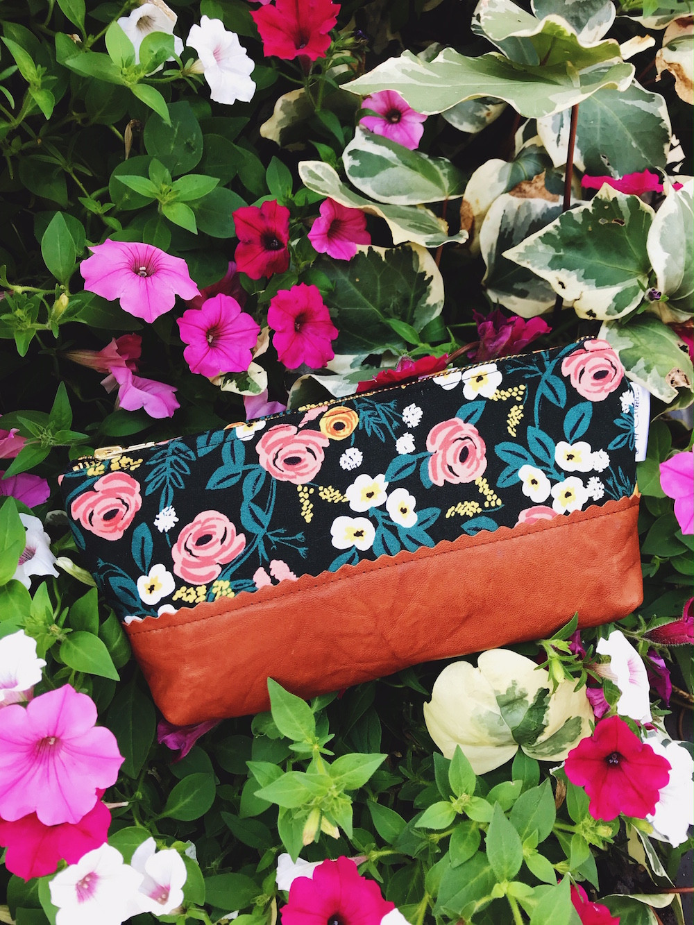 mothers day gift ideas - roses print leather cosmetic bag
