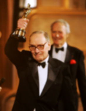 Ennio_Morricone_Receiving_Honorary_Oscar