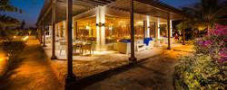 as-sammak-outdoor-juweira-hotel-1.jpg.1920x807_default-1