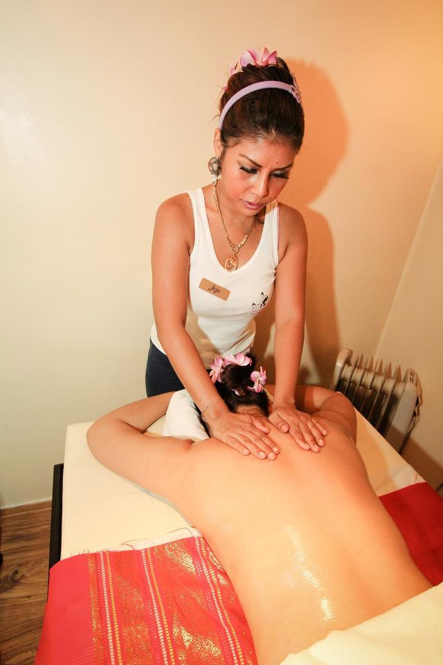1 Stunde traditionelle Thai-Massage