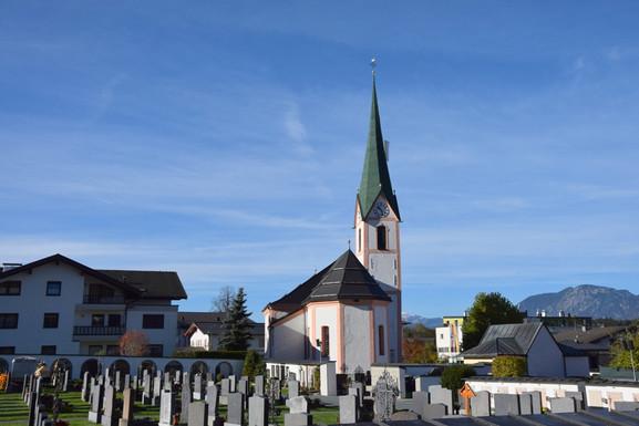 Pfarrkirche_Bad Haering_01.JPG