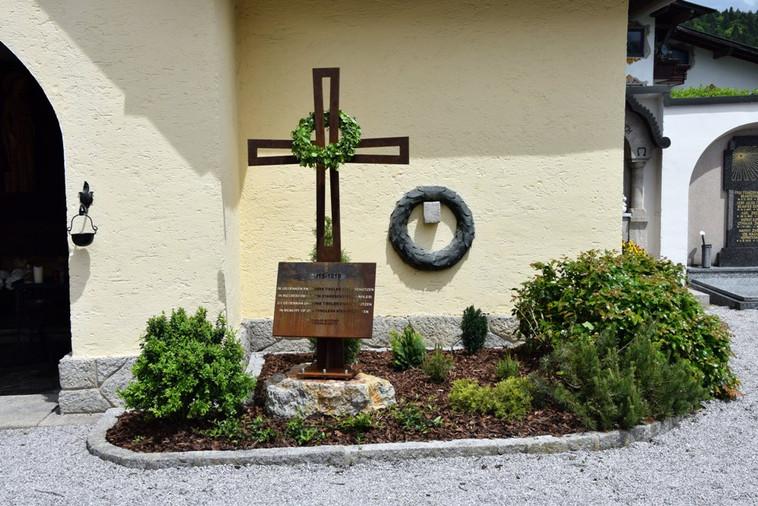 Friedhofkapelle_03.JPG