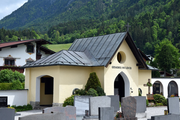 Friedhofkapelle_02.JPG