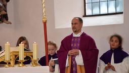 Begrüßung von Herrn Pfarrer Stefan Schantl