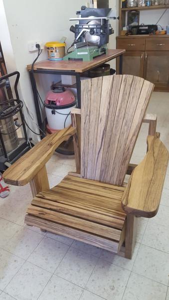 כסא אדירונדק של שלומי ממן