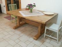 שולחן אוכל ל 10 אנשים ללא הארכה