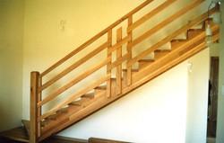 מדרגות - עץ אלון